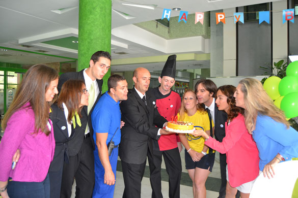 aniversario-holiday-palace-tarta